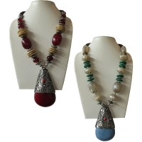 Big pendent beads necklace