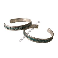 Turquoise decorated white-metal bangle