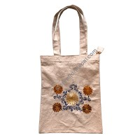 Flowers embroidered bag