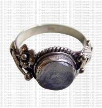 Cystal colour stone finger ring