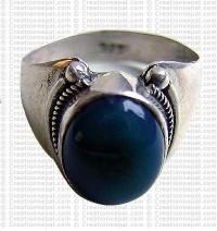 Onyx stone finger ring