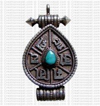 Om Mani box pendant