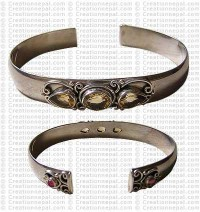 Three stone TD bangle
