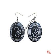OM oval ear ring