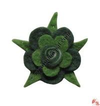 2-step 5-leaf flower felt brooch