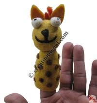 Finger press felt puppet3