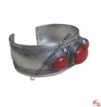 3-stone white-metal bangle3
