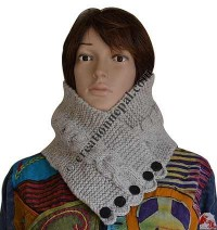 Woolen braided and button design snood