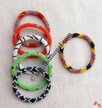 Assorted pattern beads bangle