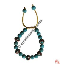 Turquoise beads wristband