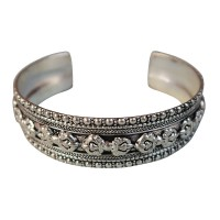 9-Dorje white metal bangle