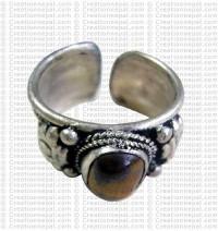 Tigereye stone finger ring