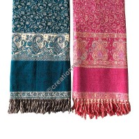 Woolen scarves and muffler